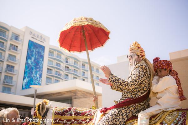 indian wedding baraat,baraat,indian groom,baraat horse