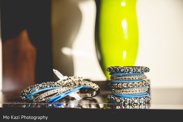 indian bride's bangles,indian bride's jewelry