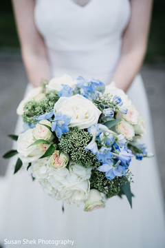 indian wedding gallery,outdoor photography,bridal bouquet