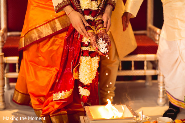 indian bride and groom,indian wedding ritual,indian wedding ceremony,indian wedding sacred fire