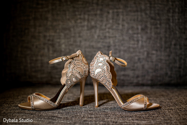 indian wedding gallery,indian bride,bridal shoes,indian bride shoes
