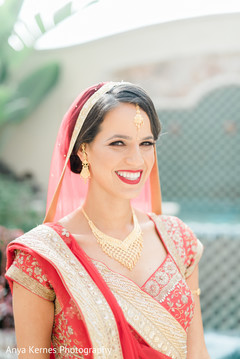 Dazzling Indian bride outdoors capture.