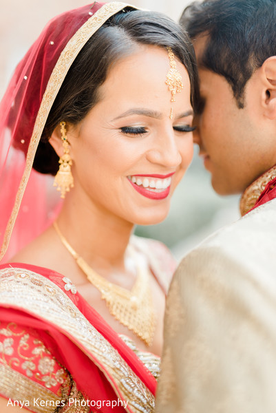 indian bride and groom,indian wedding fashion,indian bride hair and makeup