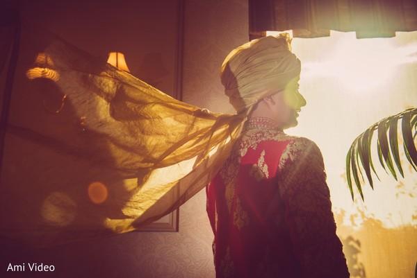 Magnificent Indian groom's look.