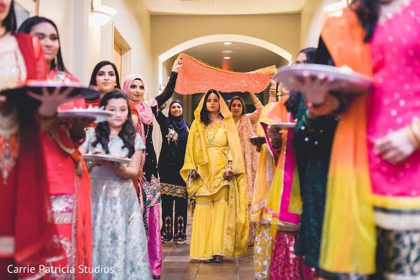 haldi ceremony,haldi powder,pre-wedding fashion,indian bride's pre-wedding fashion