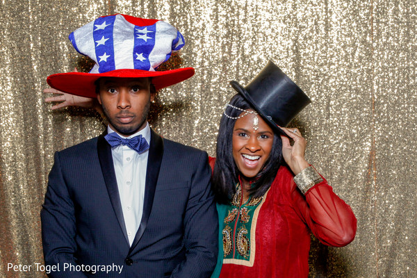 Indian wedding guests using photo booth props | Photo 172712