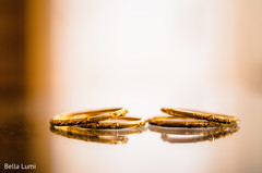 Marvelous Indian bride's golden bangles.