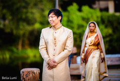 indian bride and groom,indian wedding ceremony fashion