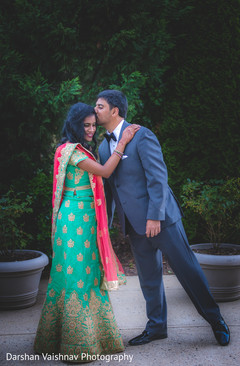 indian bride and groom,indian wedding fashion,indian wedding hair and makeup