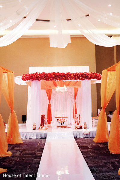 See this marvelous indian wedding ceremony stage decor