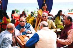 Mehndi party guests capture