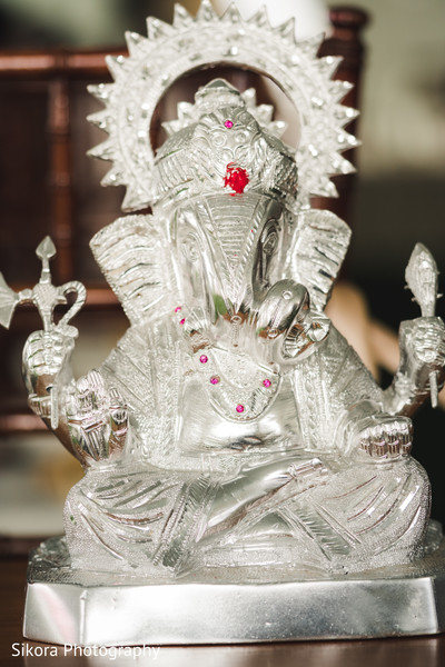 ganesha puja,indian religions,indian wedding,indian ceremony decoration