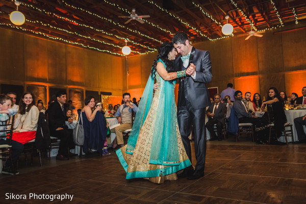 indian bride and groom,indian wedding reception fashion