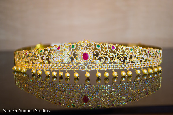 Dazzling indian bridal jewelry