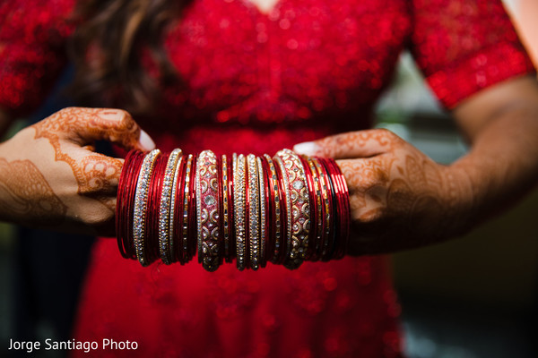 Marvelous Indian bridal bangles.