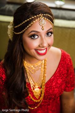 indian bride,indian bride's jewelry,indian bride's mehndi,indian bride's fahsion