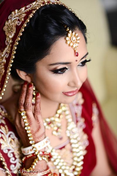 indian wedding gallery,indian bride makeup,bridal jewelry,bridal mehndi