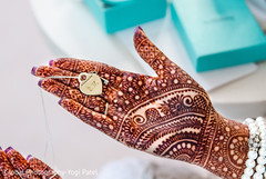 indian wedding gallery,indian bride,mehndi art