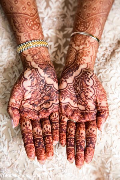 Astonishing indian bridal mehndi art