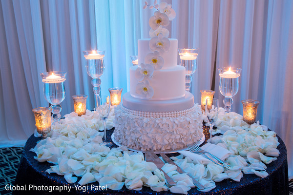Fabulous indian wedding cake design