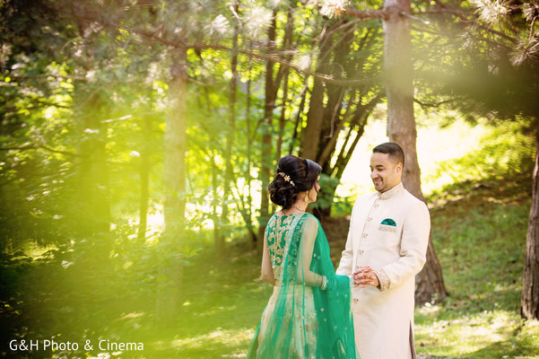 indian bride fashion,outdoor photo shoot