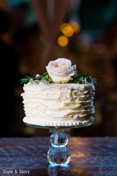 Traditional Indian Wedding Cake Photo 176150