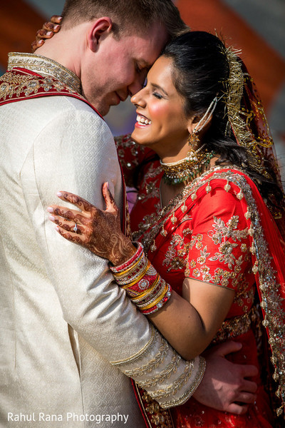 Heartwarming indian bride and groom photography