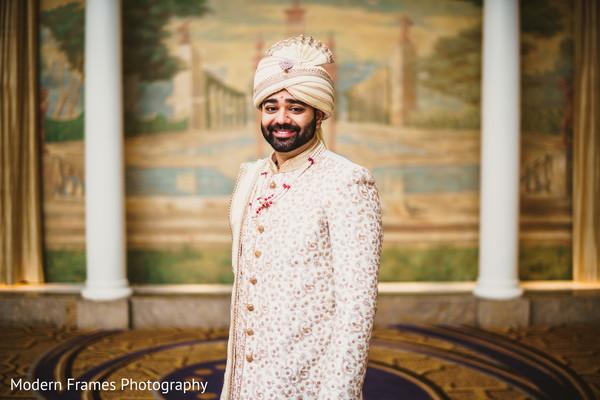 indian groom fashion,sherwani,golden sherwani