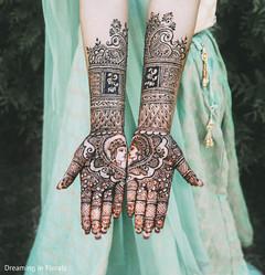 Indian bride mehndi inspiration