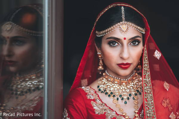 Gorgeous indian bride posing for photoshoot