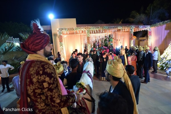 indian wedding baraat,baraat procession