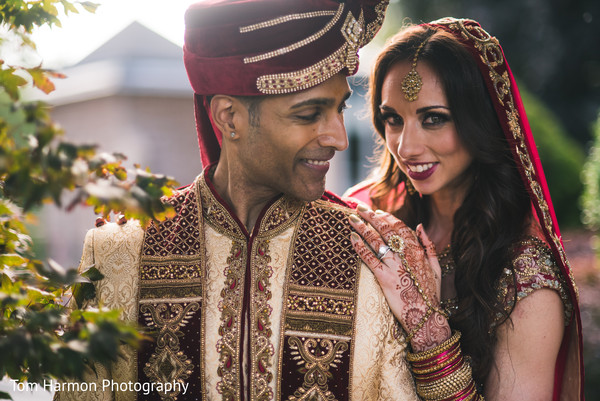 Candid indian newlyweds in their photo shoot