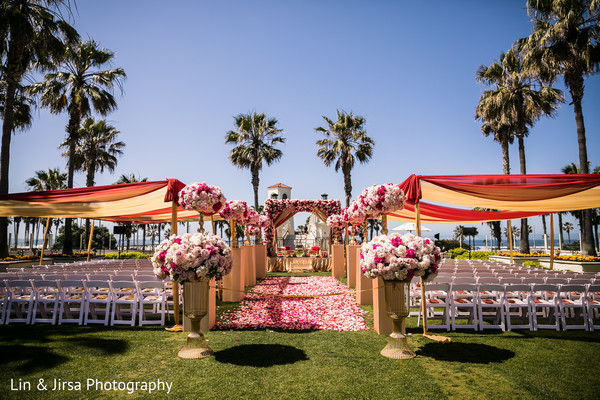Fabulous indian wedding ceremony venue decor