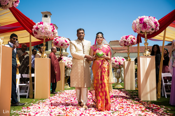 indian wedding ceremony,indian wedding ceremony photography,indian bride
