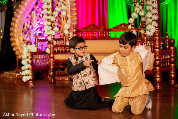 Cute guests during sangeet