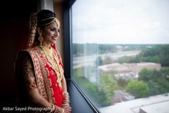 indian bride fashion,red dupatta