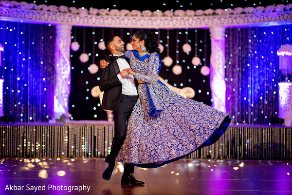 indian wedding first dance,indian wedding fashion