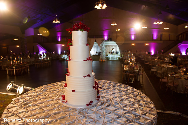 indian wedding cake,tier cake,cake and treats