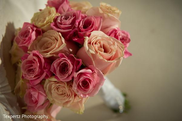 bridal bouquet,roses bouquet