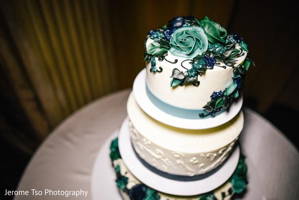 indian wedding reception,indian wedding cake,indian wedding cake design