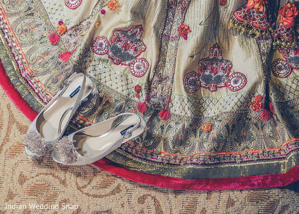 Indian bride's wedding outfit