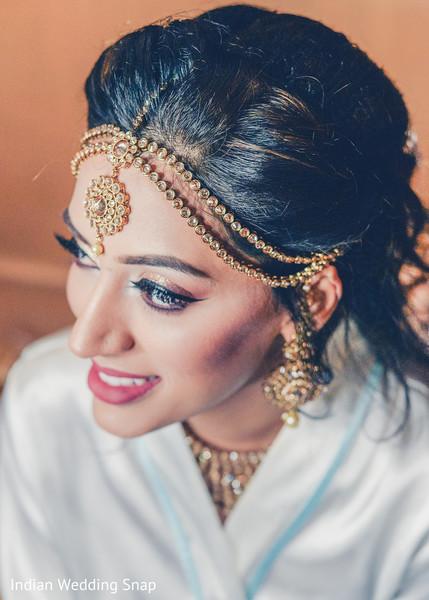 Dazzling indian bridal tikka