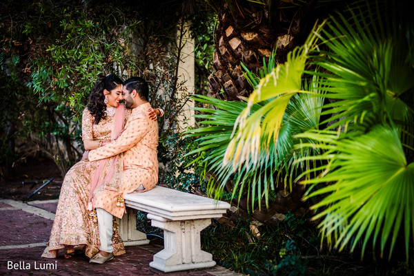 Lovely outdoor engagement photo shoot