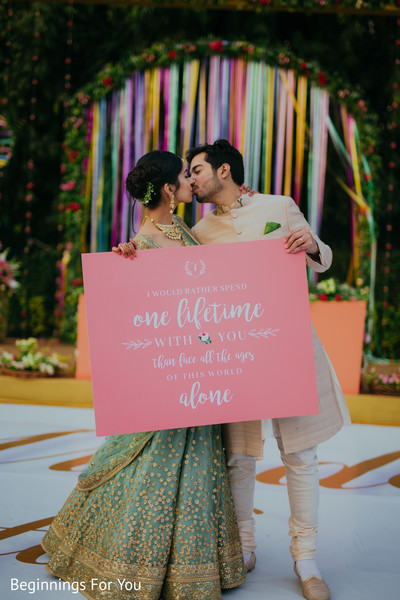 indian weddiing gallery,outdoor photography,indian bride and groom