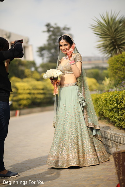indian wedding gallery,outdoor photography,indian bride fashion