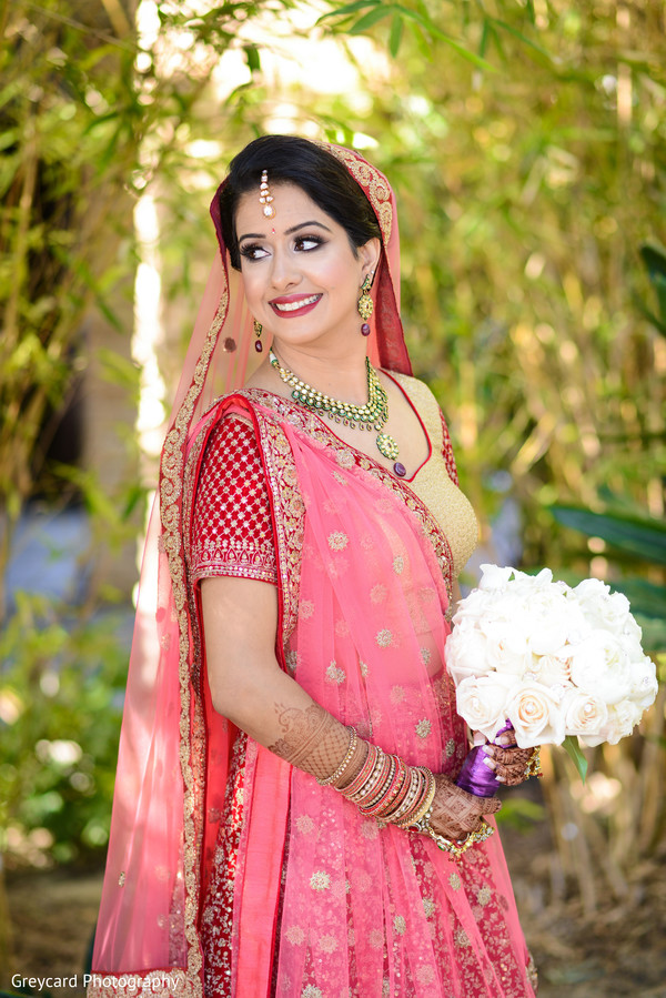 indian wedding gallery,outlook photography,indian bride fashion,bridal bouquet