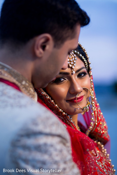 indian couple,indian wedding gallery,outdoor photography