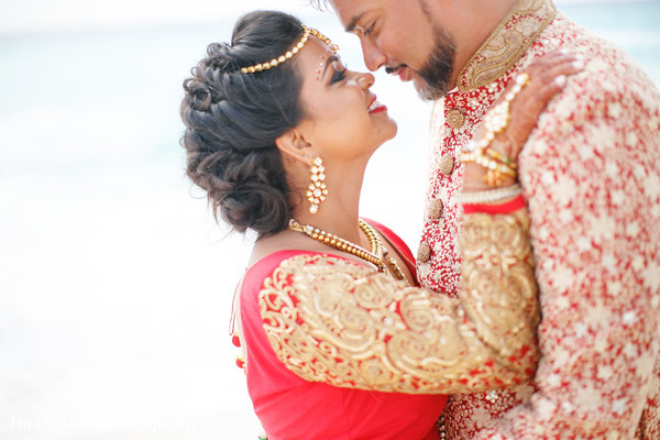 indian bride and groom,indian wedding fahsion,indian wedding ceremony fashion