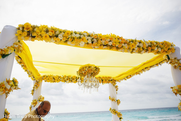mandap,indian wedding flowers decor,indian wedding ceremony decoration