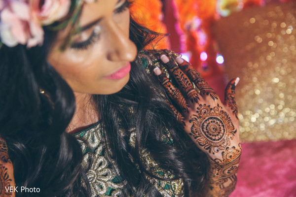 Gorgeous indian bride capture